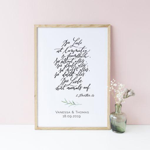 Poster hochzeit und geschenk zur hochzeit korintherbrief for Brautpaar wohnung dekorieren